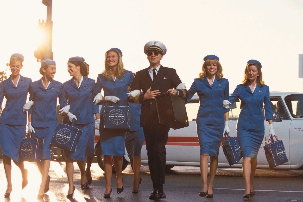 Scene from Catch me if you can - Pilot with flight attendants