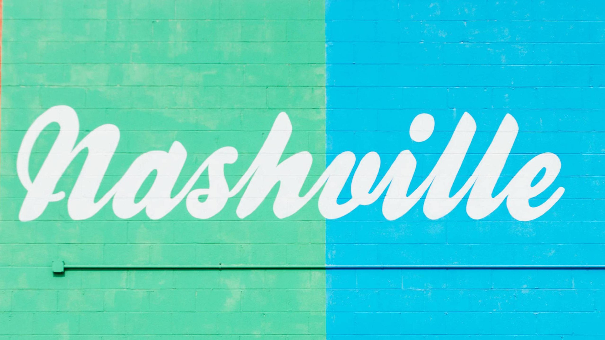 A mural in Nashville with a beautiful colorful background