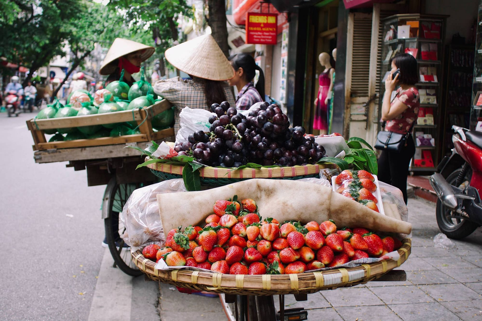 A fresh market in Hanoi with fruits