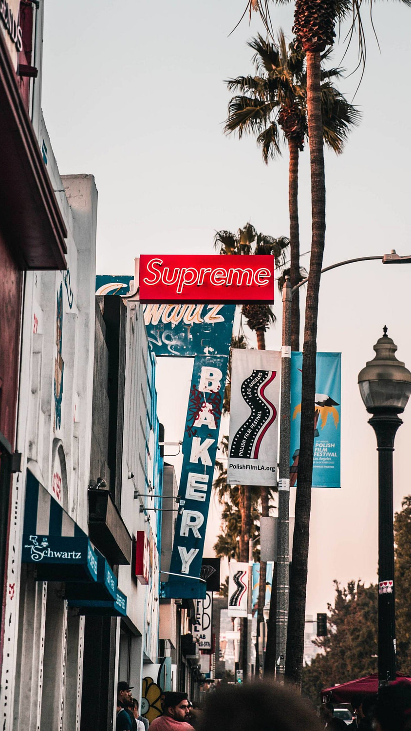 A shot of Sunset Strip with the Supreme sign out front.